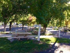 picnictables
